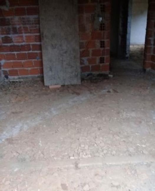 ATENCION: Vendo Casa a terminar en Marín Kaaguy - Luque en Luque